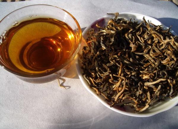 凤庆滇红茶 一级金丝滇红茶100克装